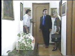 يمارس الجنس مع امرأة سمراء أ فلام سكسي شقراء مع رجل واحد وتأخذ نائب الرئيس على وجهه