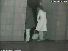 النزول في مرحاض طائرة حتى تحترق مضيفة فلام سكسي شهد شمري لها