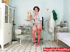 استدعاء ممرضة الشفاء المريض مع اللسان فلام كامل سكسي العميق والجنس الكلاسيكي